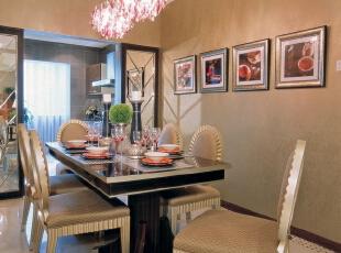 餐厅:墙面简洁的造型平添几许生活气息。斜顶圆形造型和家具相呼应,在绿色植物的点缀下,带给你和家人人舒适的谈话空间。,246平,20万,欧式,别墅,