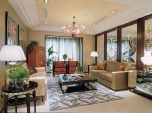 客厅:线条简洁的欧式沙发展现现代风格,高贵、典雅又不失浪漫气质,246平,20万,欧式,别墅,