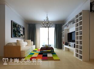 升龙城88平方两室两厅装修效果图---客厅现代简约风格装修效果图 彩色拼接地毯,别具一格的搁物架,简约明朗化的空间布局,温馨时尚!,88平,56万,现代,两居,客厅,