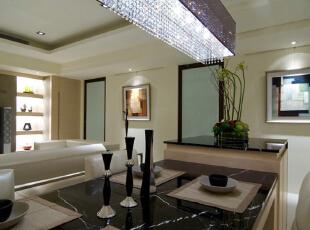 现代三居-上海150平米现代感十足的时尚家居 享受质量的生活品味