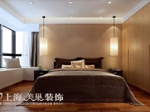郑州雅居乐国际花园95平方三室两厅主卧室现代简约风格装修效果图---主卧室的设计也有它散发着独特魅力之处,浅色地毯衬托着家具,每一件都时尚精致。,95平,6万,现代,三居,卧室,浅棕色,白色,