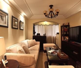 静谧温馨的120平三居室...