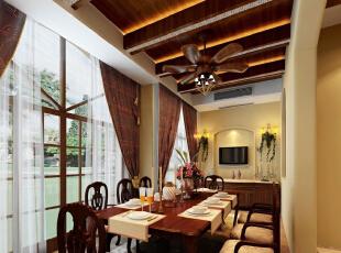 餐厅:墙面简洁的造型平添几许生活气息。斜顶圆形造型和家具相呼应,在绿色植物的点缀下,带给你和家人人舒适的谈话空间。,483平,25万,欧式,四居,