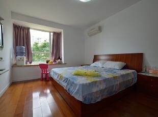 ,120平,18万,现代,三居,卧室,原木色,白色,