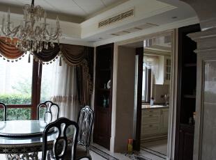 餐厅看厨房,650.0平,800.0万,新古典,别墅,餐厅,原木色,白色,