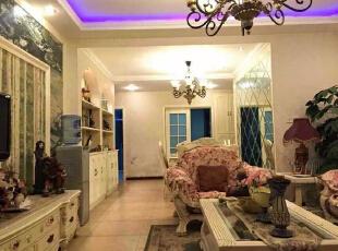 ,140平,22万,欧式,四居,客厅,米黄色,紫色,