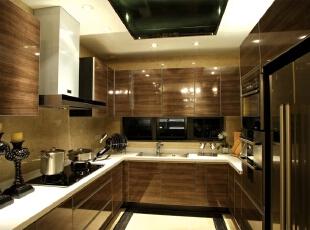 欧式风格厨房,厨房欧式风格案例,北京别墅装修设计,别墅装修风格,别墅装修设计,北京室内设计,厨房,棕色,白色,