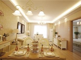 客厅、餐厅空间都选用黄底白花图案墙纸,与硬装橡木色搭配协调,使整体色调柔和。,120平,17万,欧式,三居,餐厅,米黄色,