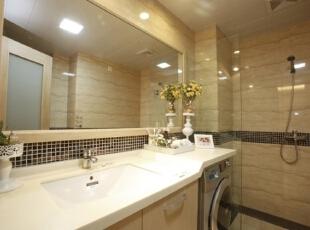 浴室卫生间内部,主色调与客厅、主卧相呼应。,120平,17万,欧式,三居,卫生间,米黄色,