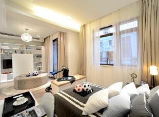 儿童房:舒适温馨,整个空间的搭配有一种归属感,202平,20万,现代,三居,