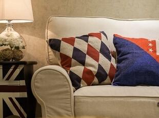 ,76平,9万,美式,两居,客厅,白色,