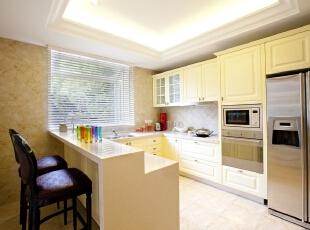 ,厨房,米黄色,白色,