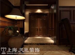 郑州水映唐庄复式联排美式乡村装修案例-入户门厅,现在看到的门厅,是把以前的室外门廊空间合理分隔出来的,里面兼具缓冲,换鞋。更衣的功能。,180平,20万,美式,别墅,玄关,原木色,
