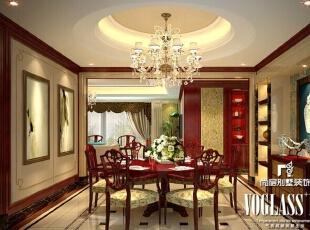 别墅空间中点缀的中国红,面积不大,却喜庆感十足,给沉闷的中式装修带去一丝新意。而全景落地窗的设计,不仅光线充足,而且在这品茗赏景都是不错的选择。,250平,160万,中式,大户型,餐厅,原木色,