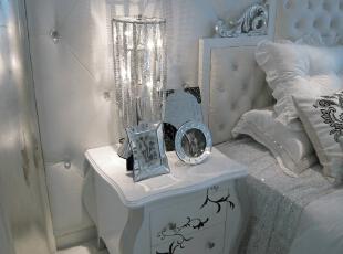主卧室台灯,120平,17万,现代,一居,卧室,白色,