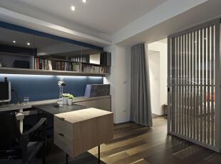 北京别墅装修设计—书房 书房,一切从功能出发,讲究造型比例适度、空间结构图明确美观,强调外观的明快、简洁。体现了现代生活快节奏、简约和实用,但又富有朝气的生活气息,140平,28万,现代,三居,书房,蓝色,黑白,黄色,