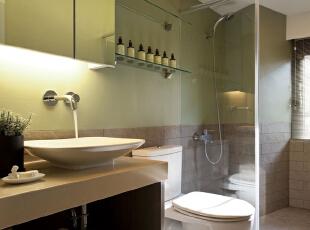 北京别墅装修设计—卫生间 卫生间 主要以淡绿色的为主 白色的地面瓷砖 充足体现了现在风格的简约,清新,140平,28万,现代,三居,卫生间,白色,绿色,黄色,