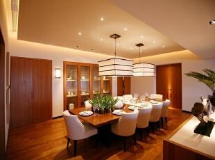 餐厅:舒适温馨,整个空间的搭配有一种归属感,199平,20万,现代,三居,餐厅,原木色,