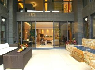 简约风格就是简单而有品位,这种品位体现在设计,392平,45万,现代,别墅,客厅,黑色,黄色,