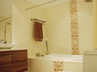 设计理念:注重卫生的家庭一般会考虑用到白色的瓷砖。如果觉得太俗气,不防在某个角落用上你喜欢的颜色,蓝色当然是白色最好的选择。,115平,13万,现代,两居,卫生间,黄色,