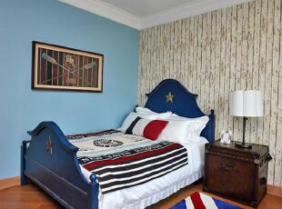 设计解读·男孩房   永恒的航海主题,红色象征勇气,蓝色象征正义,而白色代表自由,让男孩徜徉在一个充满探索与求知的氛围里,耳濡目染,健康成长。,370平,296万,混搭,四居,卧室,蓝色,