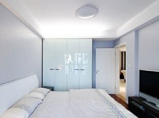 现代三居-80后夫妻秀150平三居 打造情人节样板式浪漫婚房