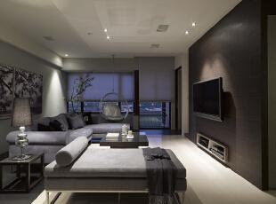 北京别墅装修设计—客厅 客厅 它不仅注重居室的实用性,而且还体现出了工业化社会生活的精致与个性,符合现代人的生活品位。浅灰色的布艺沙发 白的地砖 暖色的灯光 搭配上温馨舒适,135平,26万,现代,三居,客厅,黑白,黄色,紫色,