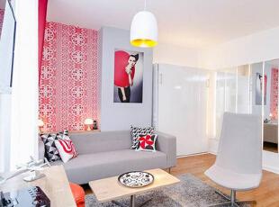 吊灯的圆润造型也让室内气氛变得温和,虽然简单却美观大气,在协调氛围上起到了不可忽视的作用。,30平,2万,现代,一居,