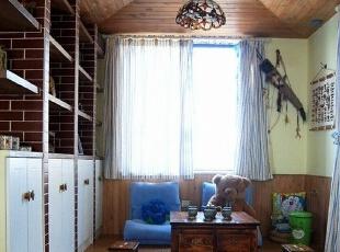 ,121平,15万,地中海,两居,客厅,原木色,