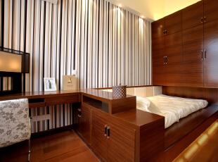 ,191平,24万,现代,两居,卧室,原木色,