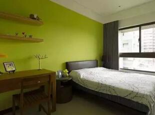 设计重点:开架层板   编辑点评:活泼轻盈的开架层板,赋予空间自在乐活的无拘想象。结合别出心裁的创意巧思,收纳本身也可以如同装置艺术一般。,121平,现代,四居,卧室,绿色,