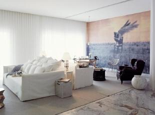 北京别墅装修设计—客厅 客厅 它不仅注重居室的实用性,而且还体现出了工业化社会生活的精致与个性,符合现代人的生活品位。主要以现代白色的沙发为主 时尚艺术感的壁纸 挑起了整个空间的感觉!,140平,28万,现代,复式,客厅,黄色,黑白,