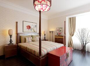 色彩以深色沉稳为主。因中式家具色彩一般比较深,这样整个居室色彩才能协调。再配以红色或黄色的装饰就可烘托居室的氛围,这样也可以更好的表现古典家具的内涵。,392平,40万,中式,四居,卧室,原木色,白色,