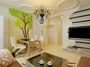 在居室的空间的处理上,力求表现自然轻松的情趣,设计上讲求色彩关系,注重大小色块间的组合,地域性的后期配饰融入设计风格之中。,65平,5万,现代,小户型,客厅,餐厅,白色,