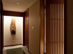 以禅濡染身心,简朴地打造出心灵的疗愈空间。,126平,17万,日式,三居,过道,黄色,