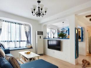 ,126平,17万,地中海,两居,客厅,蓝色,白色,