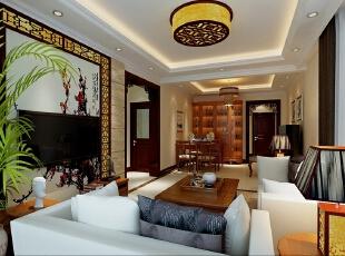 电视背景墙的局部花梨木色镂空雕花和壁纸拼花的结合使用,以及沙发背景,用的是窗帘作的装饰,呈现了以假乱真的效果。,82平,11万,中式,两居,客厅,白色,原木色,