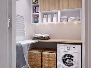 设计重点:收纳设计   编辑点评:竹编箱子、衣架,收纳展示功能丝毫不减,还移动自如,拿取方便。整体打造经济实用的舒适空间。,170平,21万,宜家,四居,