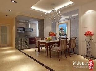 餐厅在一个居室当中起着非常重要的作用,再小的厨房对于准备、料理、储藏仍需面面俱到,以借空间扩空间手法借助阳台或者飘窗等等借用空间,从而满足厨房自身兼具种种功能,实现家居全能化。,148平,13万,欧式,四居,餐厅,