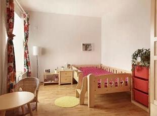 儿童房,超级有爱的说,虽是木质家居,但处处都做了圆角的处理,小盆友磕磕碰碰受伤的几率也减小了。,98平,11万,日式,三居,儿童房,原木色,