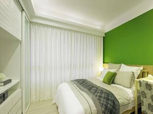 运用绿色带出缤纷活力,跳色演绎年轻人的个性化风格。,89平,11万,欧式,三居,卧室,