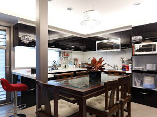 L型流理台呼应前方阳台的造景,并结合中式餐桌,展现中西合并的优雅气度,124平,11万,混搭,三居,餐厅,