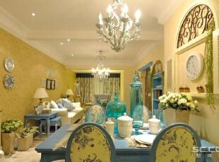 餐厅设计:以弧形为主的家具,搭配浅蓝色花纹棉质布,在家具设计上大量采用宽松、舒适的家具来体现地中海风格装修的休闲体,90平,12万,地中海,两居,