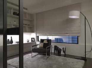 原本闲置空间加入一张单椅,上网、阅读需求在此满足,143平,14万,现代,三居,书房,黑白,