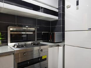 ,90平,22万,现代,两居,厨房,黑白,