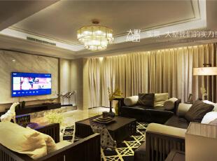 曲折的白色犹如山峰,灰色地台如水流动,电视背景与周边云纹的木饰面,我们把对中国美好山川的赞美融入这个空间里。,260平,60万,现代,复式,客厅,中式,黑白,黄色,