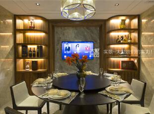 便于一家人回家热热闹闹的吃饭和聊天。,260平,60万,现代,复式,中式,餐厅,黄色,