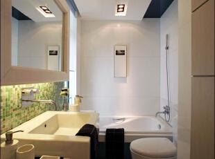 卫生间 5.5平带浴缸的浴室 设计理念:高科技现代洗  浴设备装点纯西式的浴室空间,典雅的瓷质盥洗池搭配琉璃般晶莹剔透的地面,  让空间顿时变得奢华时尚。,280平,70万,现代,别墅,卫生间,白色,