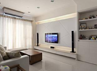 白色喷漆斜纹沟缝,上下打上灯光增添层次感台面结合米黄大理石及系统柜简单大方。,89平,8万,简约,两居,客厅,白色,