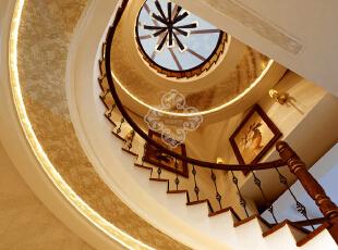 ,250平,35万,欧式,别墅,楼梯,黄色,